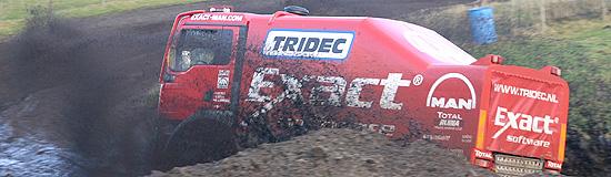 2005_550_dakar_start.jpg